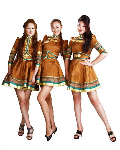 吉玛的蒙古族时装
